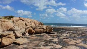 Orleans Bay Caravan Park - Little Wharton beach stones surf